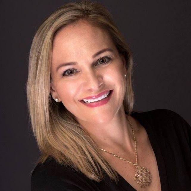 Professional photo of Deirdre McEnally at American Senior Benefits Southwest